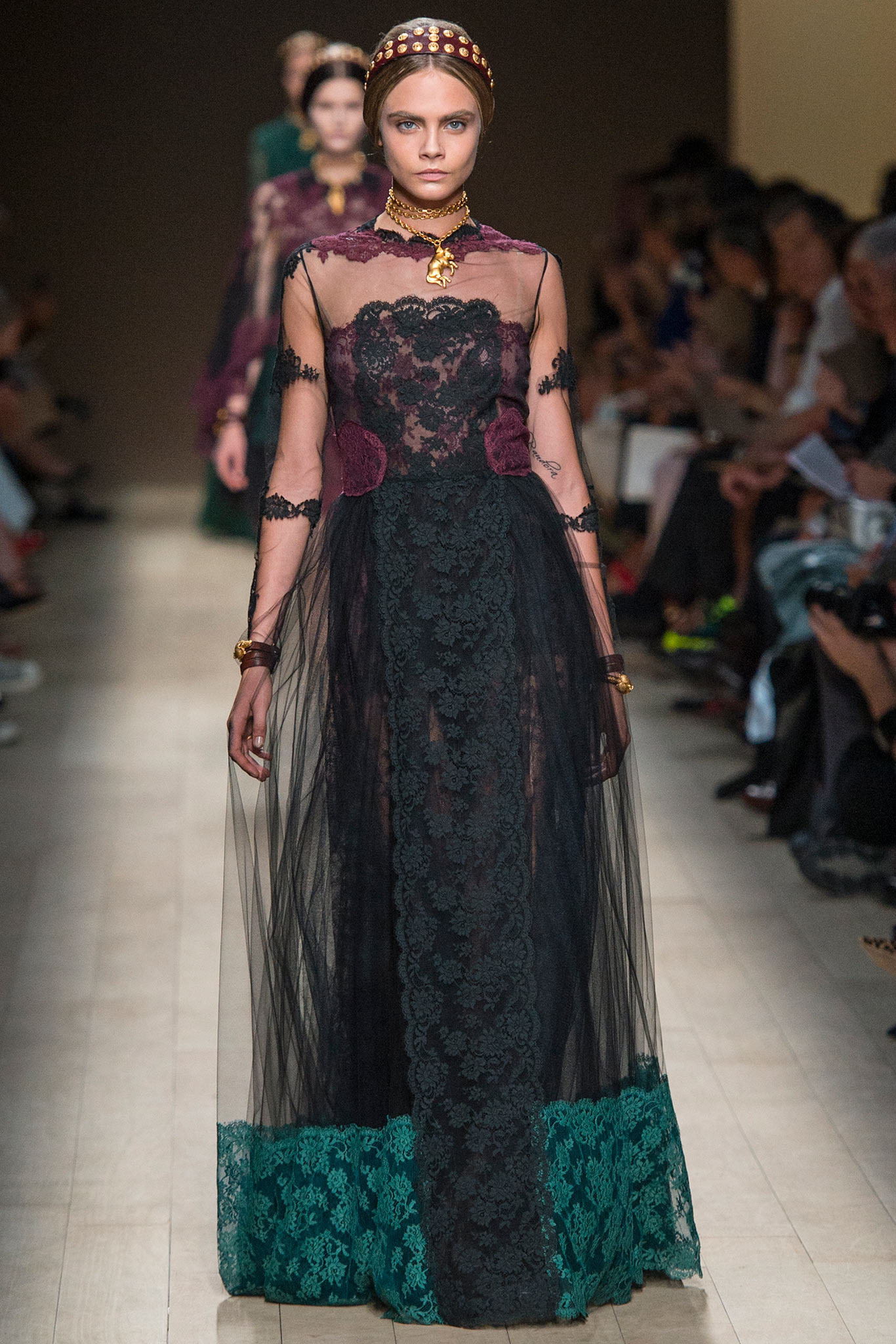 Valentino Spring 2014 Lace Dresses – French Lace online shop
