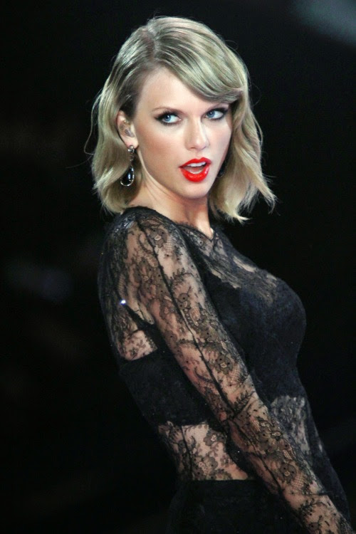 Taylor Swift And French Lace 22 Photos French Lace Online Shop
